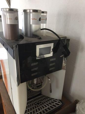 Кафемашина Профисионална