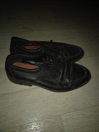 Кожаные туфли осень весна лето.