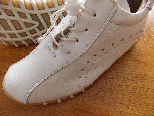 Pantofi sport albi pentru fetite mar.30