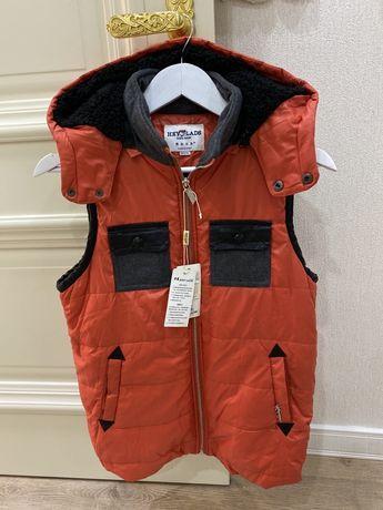 Куртка / жилетка