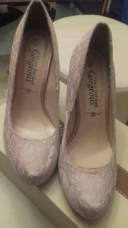 Pantofi clasic cu platforma. Toc 10cm