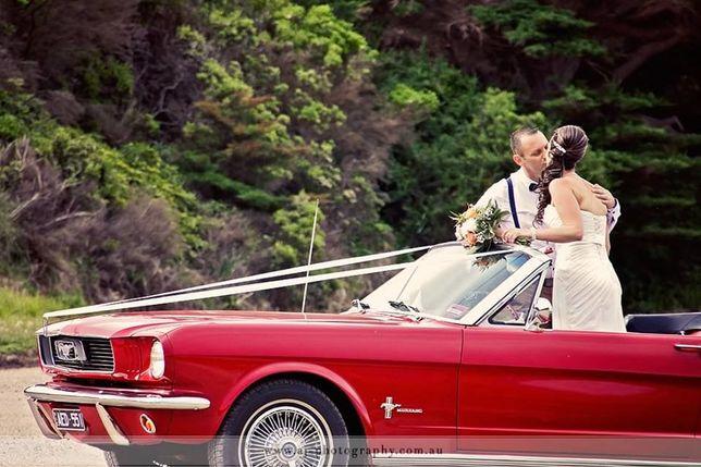 Inchiriez masina de epoca Mustang Cabrio