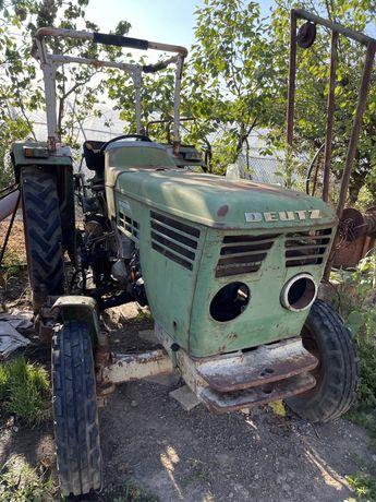 Utilaje agricole Tractor , semanatoare , grapa rotativa