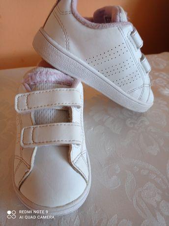 Adidas copii originali in stare buna , interior 14 cm