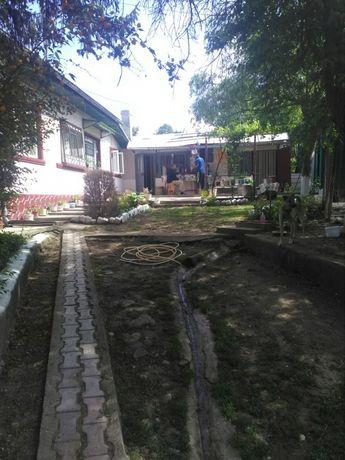 Casa de vânzare in Urlati