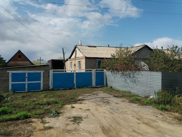 Продам квартиру в двухквартирном доме по ул Косаева 23кв1.