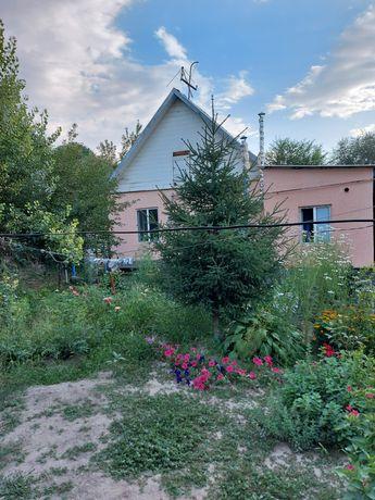 Срочно продам два дома на одном участке Илийский район Водник дачи