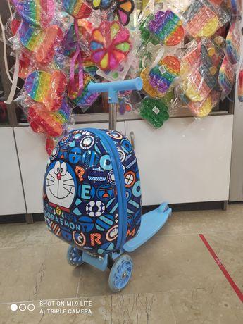 Детский самокат-чемодан 2в1