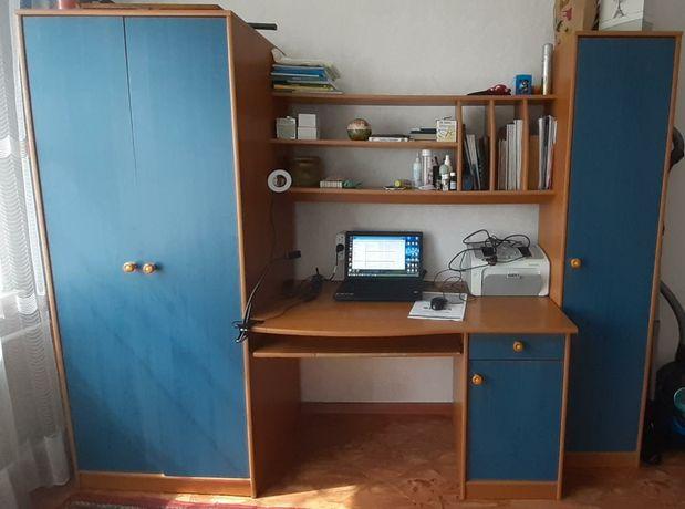 Продается детская мебель цена 15000 тыс. Район Льва Толстого.