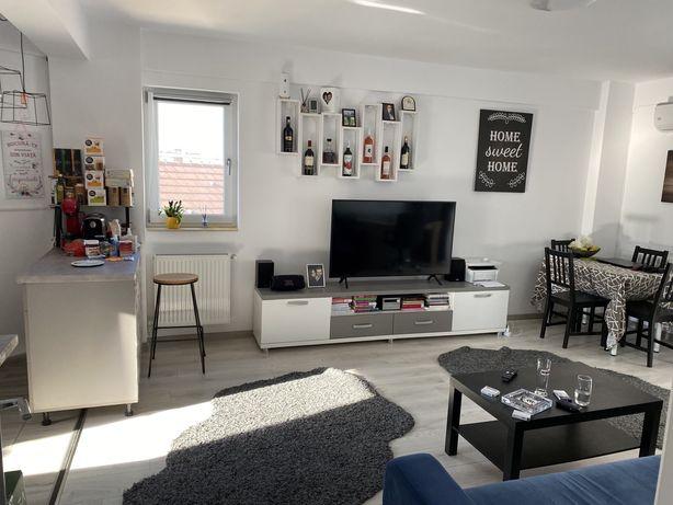 Se inchiriaza apartament 1 Mai,bloc nou