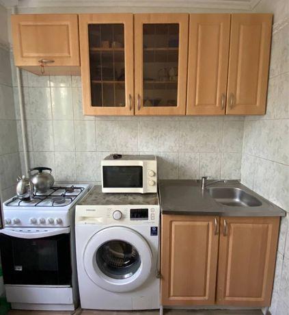 Продам кухонную мебель в хорошем состоянии
