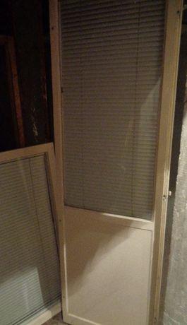 дървена дограма -прозорец и врата