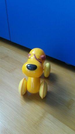 Catel apasa si merge - Manhattan Toy