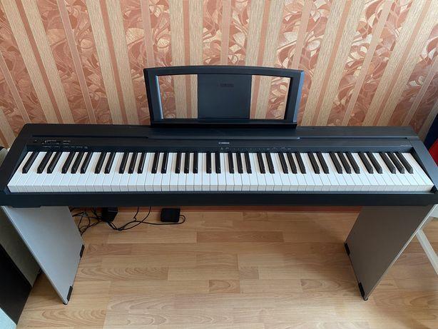 Цифровое пианино с молоточковым механизмом Yamaha P-35
