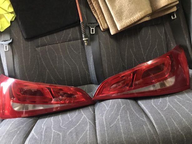 Tripla Q5 lampa stop tripla stanga dreapta Q5 8R0945093 8R0945094