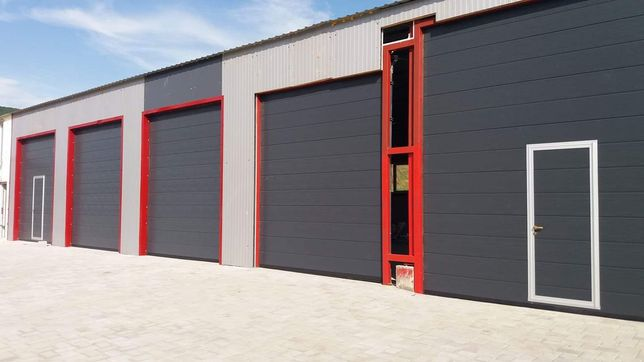 Usi / Porti de garaj industriale pentru hale 3900x4300