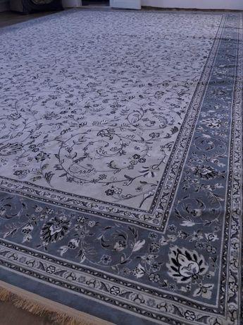 Срочно ковёр 4/6 размер