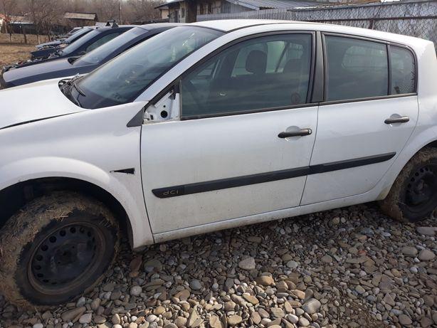 Dezmembrez Renault Megan 2