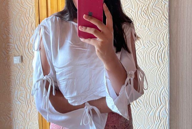 Блузка Белового Цвета