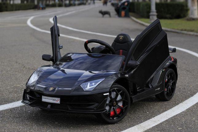 Masinuta electrica pentru copii Lamborghini Aventador SVJ 2x35W #Negru