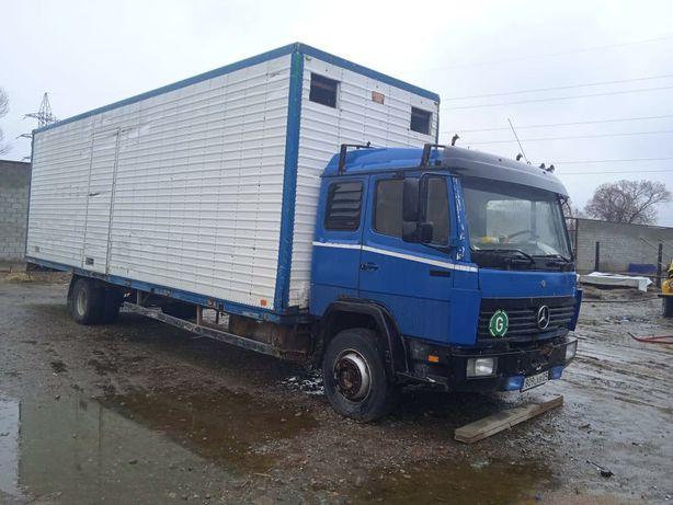 Mercedes bens 1317
