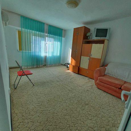 Vand apartament 1 camera