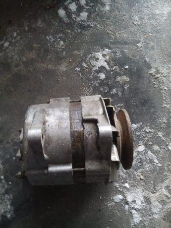 Продам генератор ( 14В 85А Г287) б/у