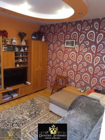 Casa de Cultura- casa 4 camere + teren 180 mp