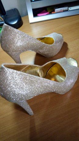 Изключително стилни за бал дамски официални обувки №39