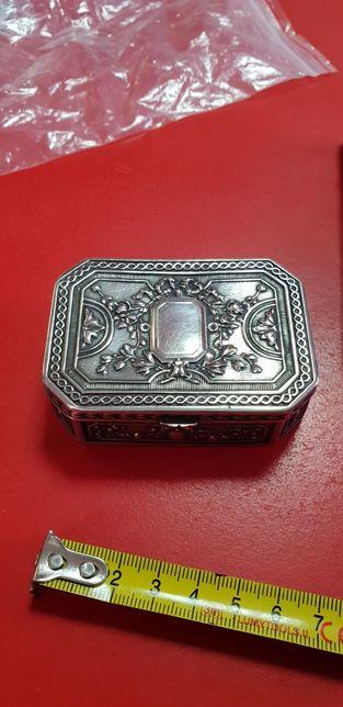 Cutiuța argint 800 aurit 21k pansonat antic