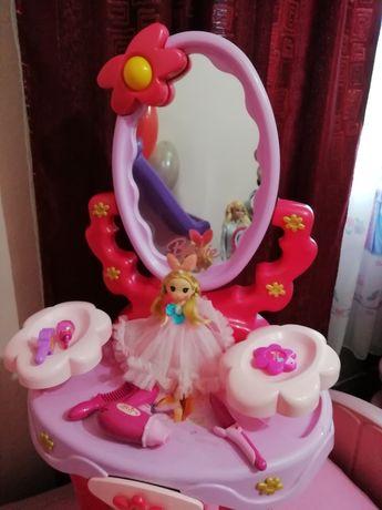 Măsuță de înfrumusețare Barbie