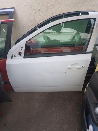 Usa stanga fata Opel Astra h