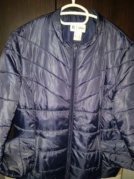 Vand jacheta de toamna R Edition!