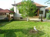 Къща за гости / стаи под наем / квартира в Крушуна и крушунските водоп