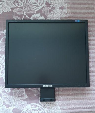 Монитор Samsung продам