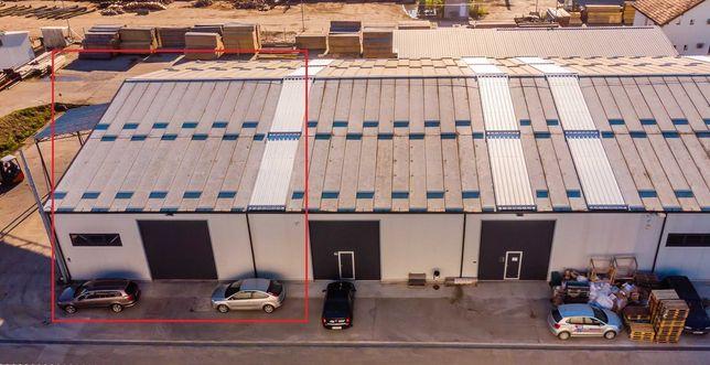 Inchiriem spatiu 470mp si 60 mp birouri in hala moderna.