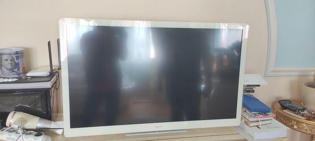 Телевизор Philips 107см