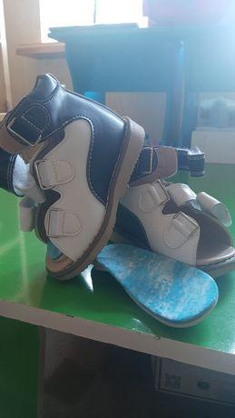 Ортопедическая обувь для детей,