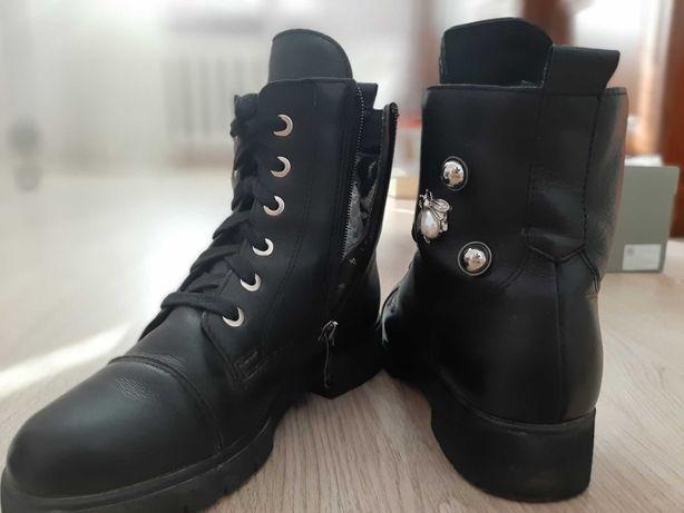 Ботинки на девочку демисезонные 35р
