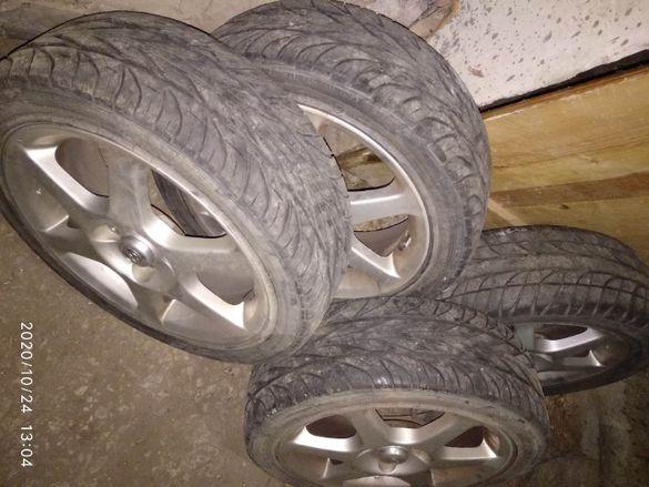 Продавам гуми с джанти 195х45х15 за Тойота