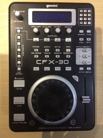 Gemini CFX-30 DJ CD плейър с интегрирани ефекти