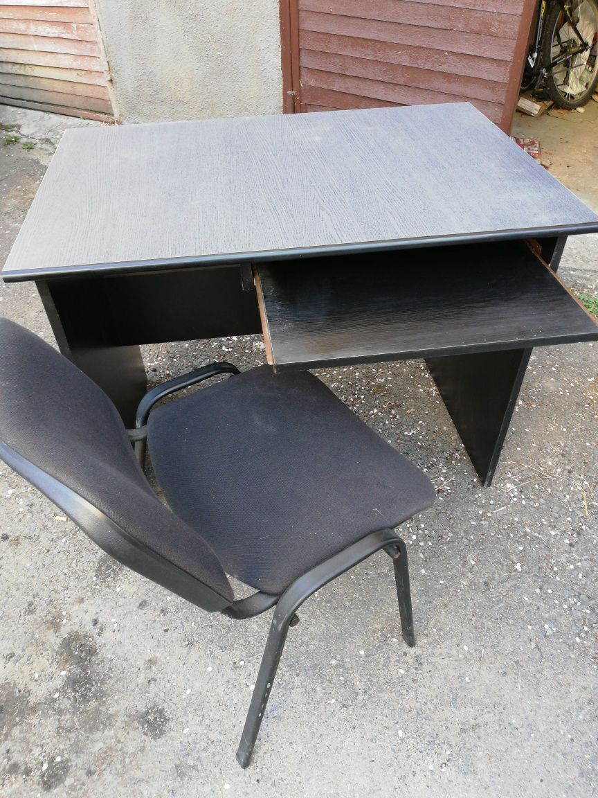 Birou și scaun