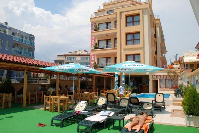 Хотел Елизабет-на брега на морето-Продавам гр. Несебър - image 1