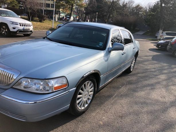 Vand LINCOLN Town Car