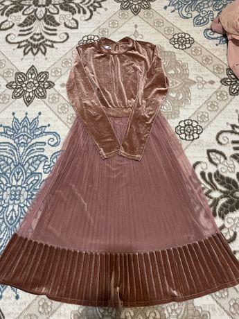 Продается новая платье
