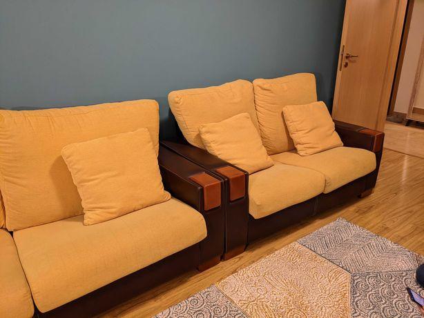 Canapele aduse din Spania. Canapea piele/textil/lemn mustar