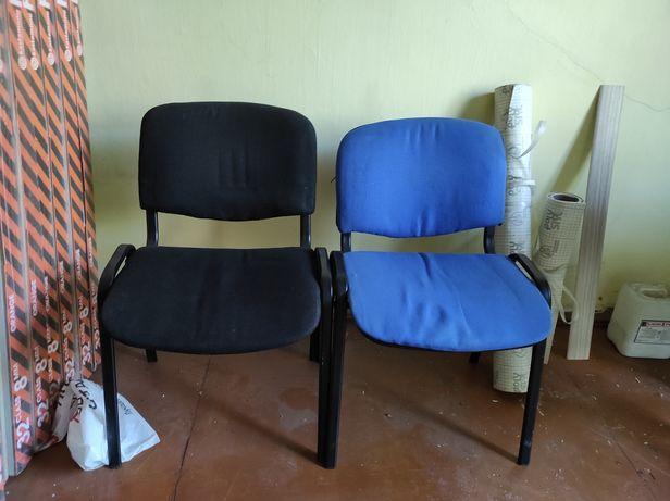 Продам 2 мягких стула