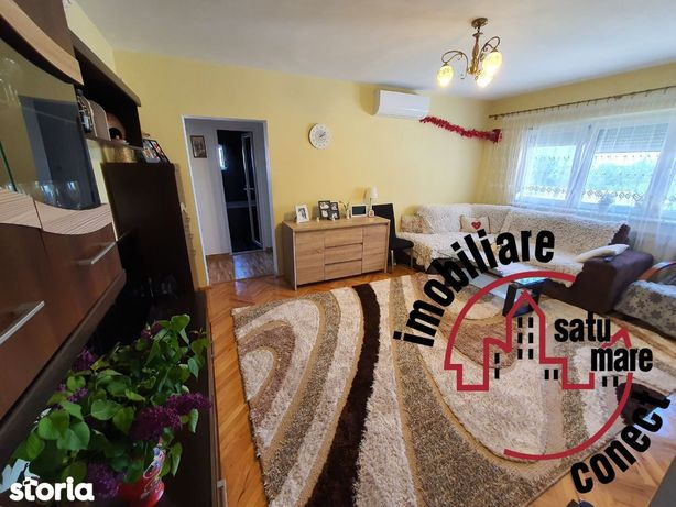 Apartament 4 camere, Zona Micro 16
