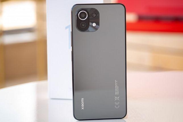 Продам Xiaomi mi 11 late 128/6 black