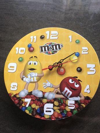 Стенен часовник ММ